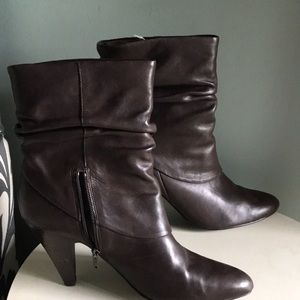 Ana Wilma brand boots